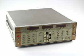 Wiltron 6647A Sweep Generator, 10MHz to 18.6GHz