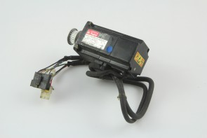 Sanyo AC Servo Motor BLSuper P5  P50B04006DXS07 60W AC200V 0.7A