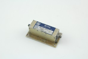 Miteq AM-3A-1020 RF 1000 to 2000 MHz, 29 dB, Amplifier