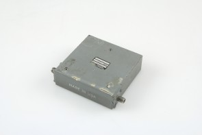 TELEDYNE MICROWAVE T-1S63T-18 ISOLATOR 1.0-2.0GHz USED