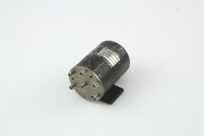 Dynatech Microwave Coaxial Switch M5-423E101L 28 VDC