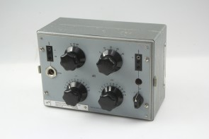 D112 Variable Attenuator 0 - 132 dB