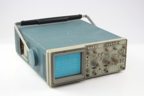 Tektronix 2220 Oscilloscope 60 MHz 2 Channel