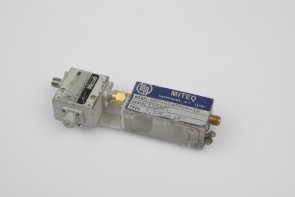 MITEQ AMF-4S-5964-16 AMPLIFIER 5.9-6.4GHz+P&H ISOLATOR