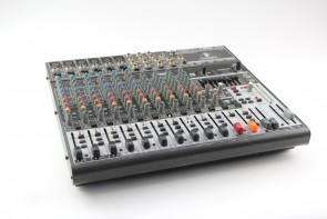 Behringer Xenyx 1832FX Analogue 18-input Sound Mixing Desk FOR PARTS
