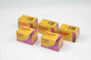 Lot of 5 Kodak GOLD 200 35mm 36exp Color Print Film (Exp. 2008.11)
