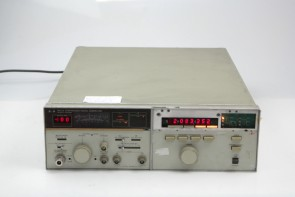 HP 8672A Synthesized Signal Generator, 2 to 18 GHz #3