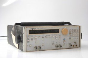 20 MHz Synthesized Function Generator Model 90 20MHz