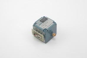 Watkins Johnson WJ-569-59 1.16 -2.16 GHz YIG Tuned Oscillator