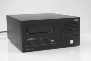 IBM 3580-L33 TotalStorage Ultrium LTO 3 Tape Drive with Accessories