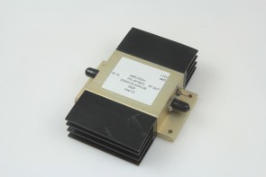 AMPLITECH AMPLIFIER APTMP3-00050100-4030-D9 50-1000MHz 30dB