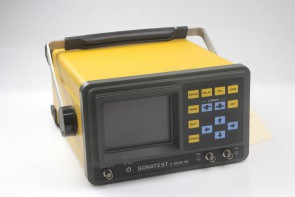 Sonatest D Scan 90 flaw detector