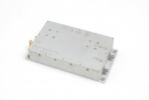 IF/AMF AMPLIFIER DC-300MHZ