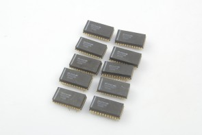 LOT OF 10 MAXIM PGA100AG Digital-Controlled Programmable Multiplexed Operational Amplifier