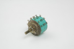 5 Stackpole 304 85 32 Rotary Switch
