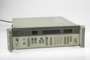 HP 8657A Signal Generator #12