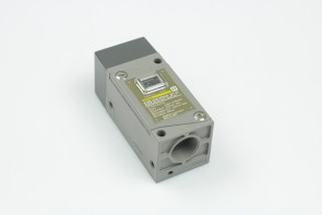 Omron E3N-DS70H4 S1-G Photoelectric Switch