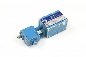 MITEQ RF AMPLIFIER4.4-5.0GHz + RF ISOLATOR