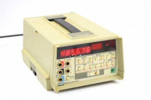 HP 8647A Synthesized Signal Generator 250 kHz-1000 MHz opt:H03 #2