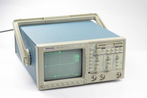 Tektronix TDS 340A 2-Channel Digital Real-Time 100MHz 500MS/s Oscilloscope #3