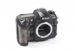 Nikon D200 10MP Digital SLR Camera Body only