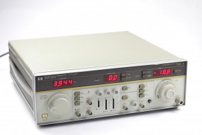 HP 8683B SIGNAL GENERATOR 2.3 GHz TO 6.5 GHz #2