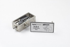 Tyco/Macom H-8-4 Broadband Two-Way Power Divider 2 MHz-2 GHz